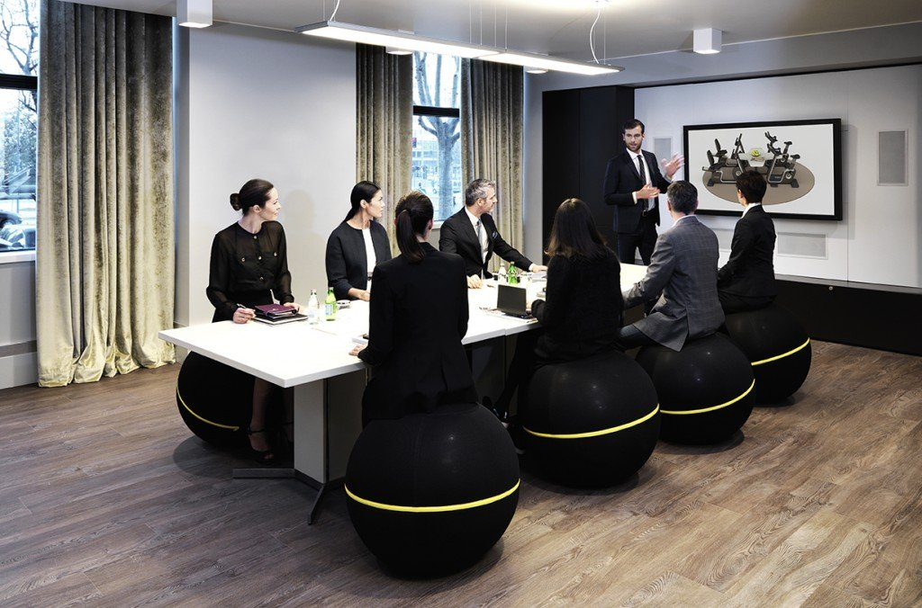 Wellness_ideas_Business_meeting_room_5474