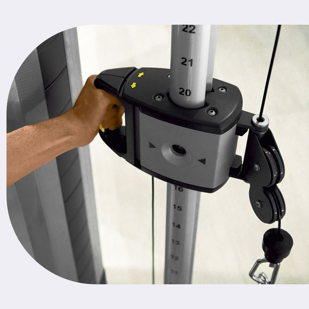 Dual Adjustable Cable Pulley Machine Technogym
