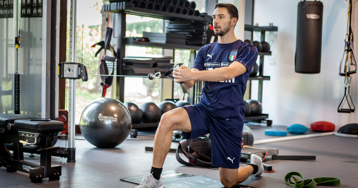 Italian football player trains with Technogym